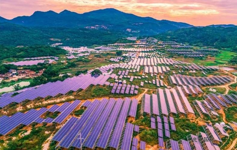 南昌石油:光伏发电站助推绿色企业创建